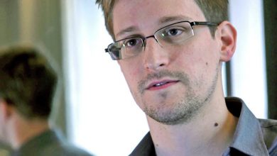 Photo of Сноуден выставил на продажу токен NFT