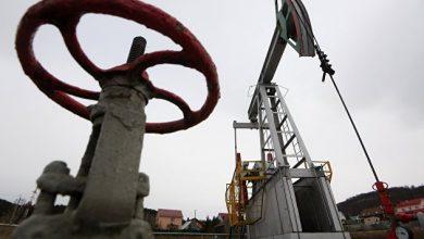 Photo of Нефть снижается, но выходит в плюс по итогам недели